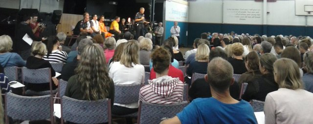 NZ Fire Service and Civil Defence etc reps answer fire evacuee questions 18Feb2017